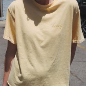 Tee-shirt jaune honey